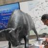 Karaboğa Heykeli Gürcistan'da Çürümeye Terk Edildi