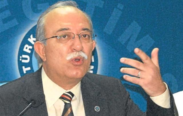 Türk Eğitim Sen Artvin Şube Başkanı Bayrak Açıklamalarda Bulundu
