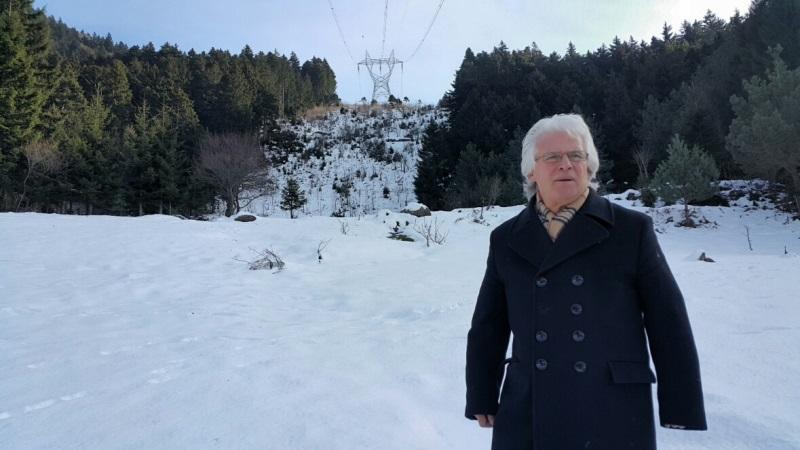 Sinkot'un Kara Murat'ı Nişancı, Köyünü Yüksek Gerilimden Korumak İçin Savaşıyor
