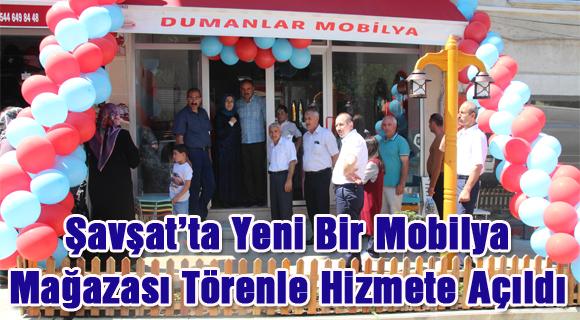 Şavşat'ta Yeni Bir Mobilya Mağazası Törenle Hizmete Açıldı